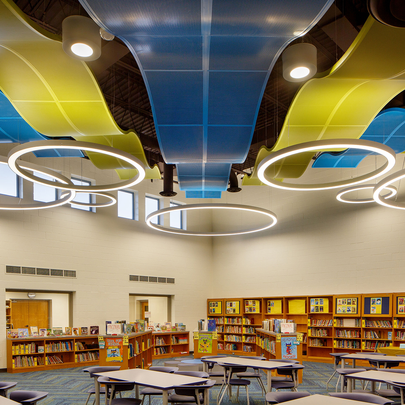 Union Canal Elementary Library